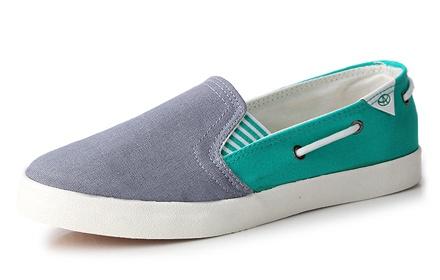 奇安达时尚女帆布鞋,防滑橡胶大底 唯美的流线型设计,更显少图片