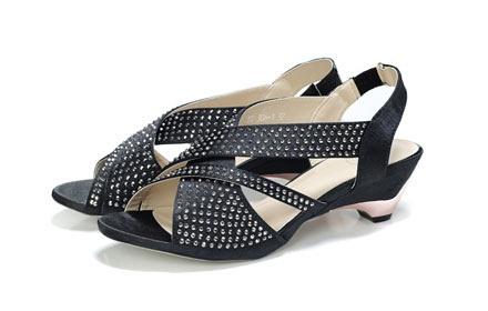 奢华水钻高跟凉鞋