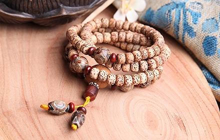 珠玉传奇龙纹玛瑙貔貅手链
