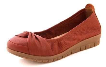 吸汗缓冲,优质真皮舒适平底鞋;爱无止境,时尚百搭. -信诺 夏季