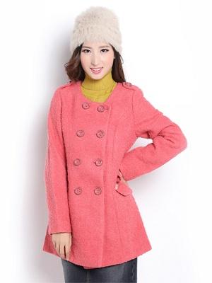 粉红色无领风衣双排扣的 春秋装 并且是7分袖的怎么搭配,如要搭配丝