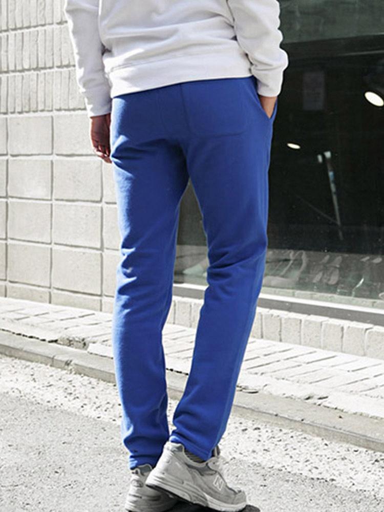 天蓝色的校服裤子配厚底布鞋好看还是薄底布鞋好看