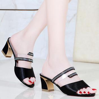 拖鞋女夏季外穿新款中跟女鞋