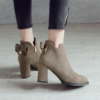 ZHR-【蝴蝶结】粗跟短绒里女靴子
