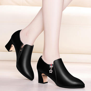 韩版女粗跟时尚百搭高跟单鞋