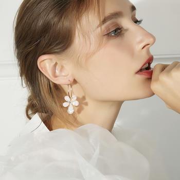 戴拉  925银针气质花朵耳环耳扣时尚小清新甜美耳饰