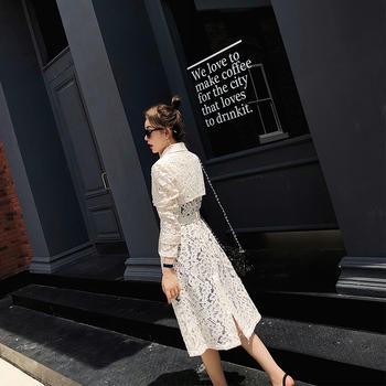 余潇潇设计感气质优雅蕾丝风衣