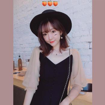 金蘑菇菇  蕾丝拼接收腰小黑裙