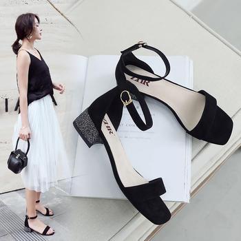 2019夏仙女风一字扣带黑色粗跟凉鞋网红百搭韩版女鞋