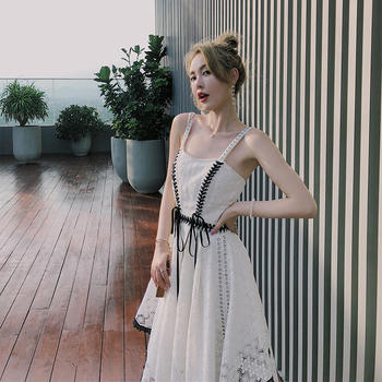 余潇潇新款蕾丝花边?#21767;?#21514;带裙子