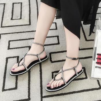 慕沫凉鞋女露趾水钻平底鞋蛇形网红凉鞋夹趾罗马鞋女