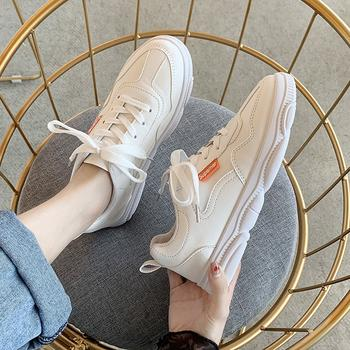蝶恋霏ins潮流时尚小熊鞋舒适休闲运动鞋