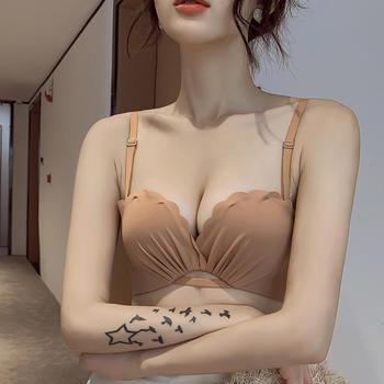 维妮芳 光面无痕甜美小胸聚拢内衣无钢圈调整型防滑美背露肩文胸
